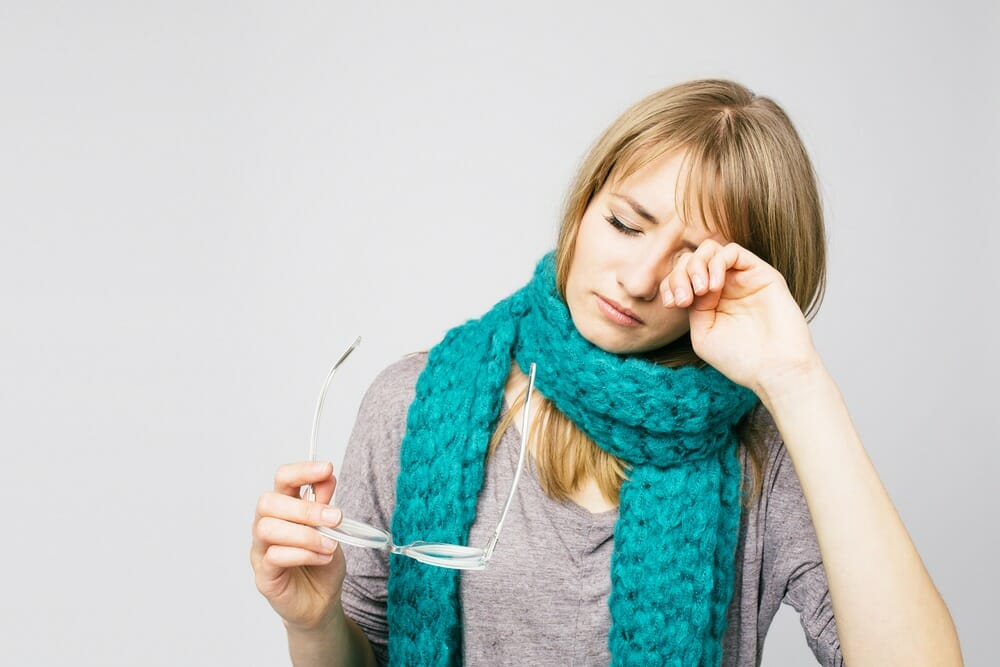 winter eye care health cold weather